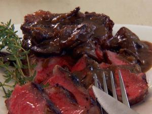 PB1103H_rib-eye-steaks-with-mushroom-sauce_s4x3